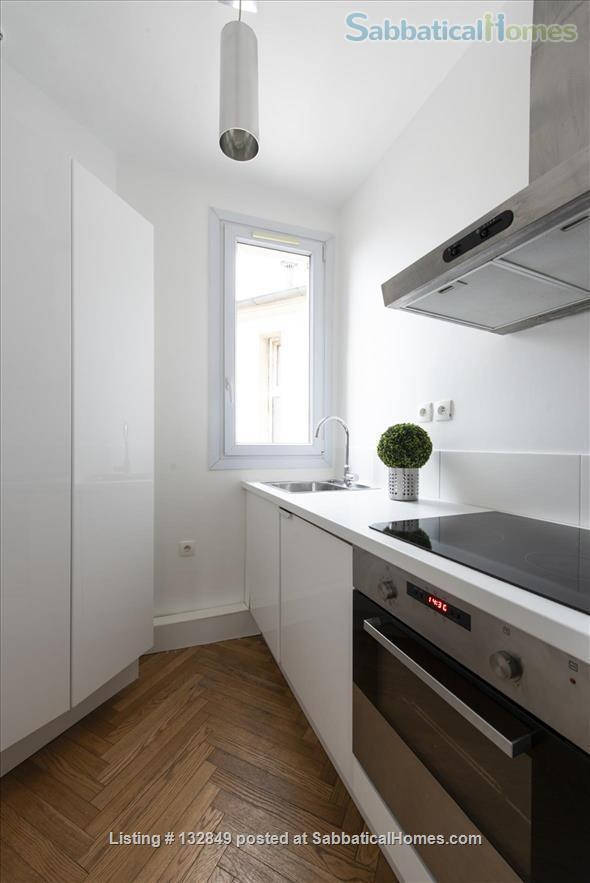 Bright sunny 1 bed apartment with balcony in the 11th Home Rental in Paris, Île-de-France, France 4