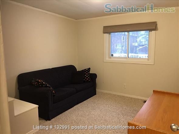 Walk to Queen's and hospitals from mature DOWNTOWN neighbourhood Home Rental in Kingston, Ontario, Canada 5
