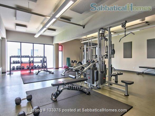 Beautiful  furnished 3 bedroom 2 bath Condo with interior parking Home Rental in Montreal, Quebec, Canada 8