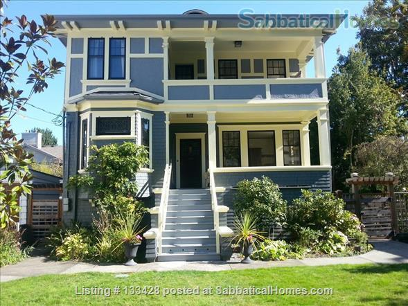 PARK PLACE-Fabulous Furnished Fairfield Home on the Park Home Rental in Victoria, British Columbia, Canada 0