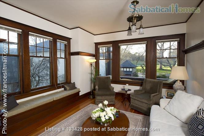 PARK PLACE-Fabulous Furnished Fairfield Home on the Park Home Rental in Victoria, British Columbia, Canada 2