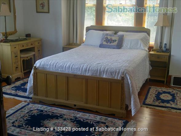 PARK PLACE-Fabulous Furnished Fairfield Home on the Park Home Rental in Victoria, British Columbia, Canada 6