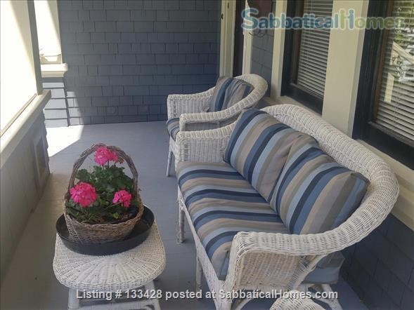 PARK PLACE-Fabulous Furnished Fairfield Home on the Park Home Rental in Victoria, British Columbia, Canada 7