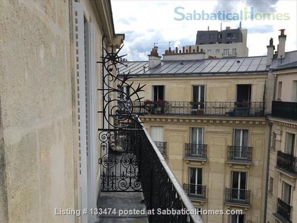 listing image for quiet, toddler/baby-equipped apt in Paris 15e July/August 2021