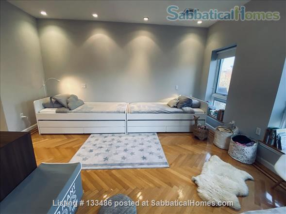 Manhattan -  3 bed/3 bath - triplex  apart - deck - walk/bike to Columbia Home Rental in New York, New York, United States 6