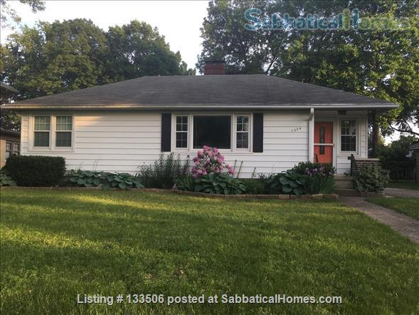 Updated 2BR in South Bend's most charming neighborhood Home Rental in South Bend, Indiana, United States 0