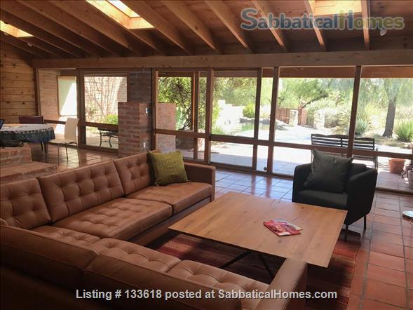 Foothills home surrounded by desert wildlife Home Rental in Tucson, Arizona, United States 0
