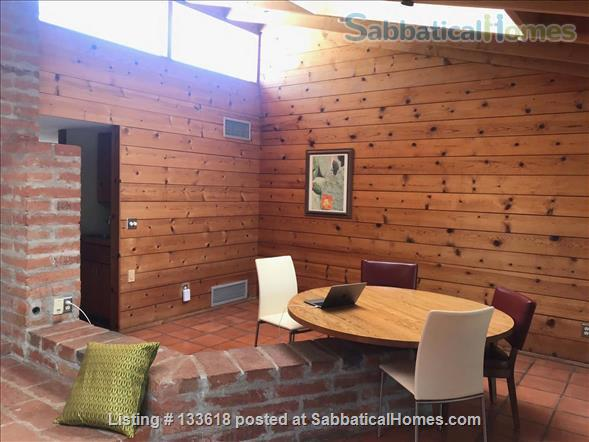 Foothills home surrounded by desert wildlife Home Rental in Tucson, Arizona, United States 2