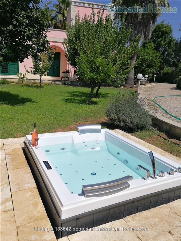 Beautiful villa in the green of Salento, peaceful and luxurious, with large pool Home Rental in Cutrofiano, Puglia, Italy 0