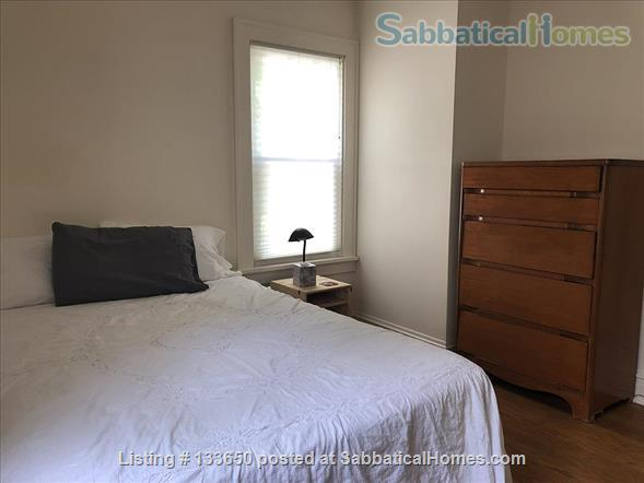 Sweet 2BD bungalow, near west side available JANUARY Home Rental in Madison, Wisconsin, United States 8