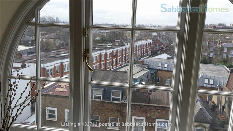 Mary Poppins Penthouse Flat Home Rental in Archway, England, United Kingdom 7