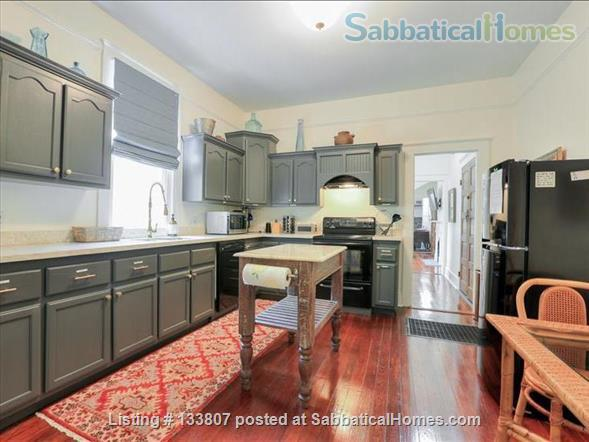 Uptown half-double off magazine street, near it all! Home Rental in New Orleans, Louisiana, United States 2