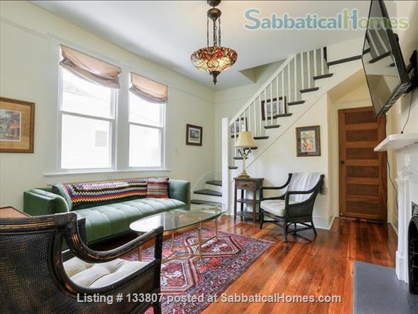 Uptown half-double off magazine street, near it all! Home Rental in New Orleans, Louisiana, United States 3