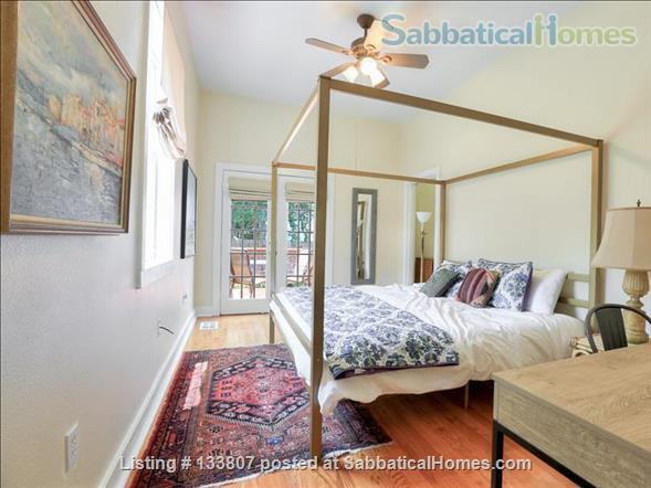 Uptown half-double off magazine street, near it all! Home Rental in New Orleans, Louisiana, United States 7
