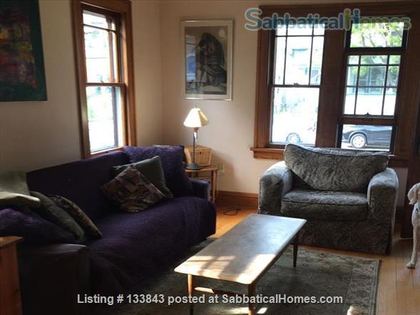 Adorable Bungalow 2 blocks from the lake on the Isthmus  Home Rental in Madison, Wisconsin, United States 4