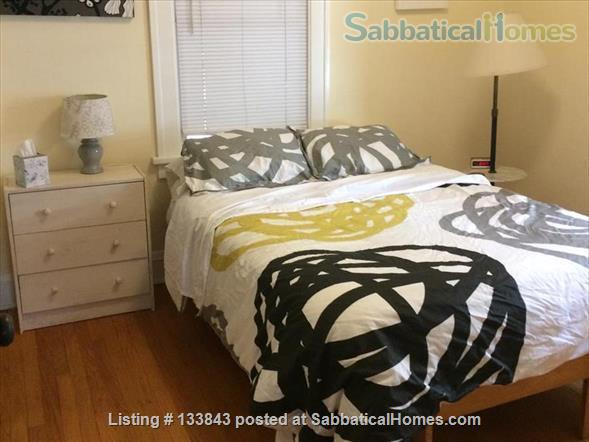 Adorable Bungalow 2 blocks from the lake on the Isthmus  Home Rental in Madison, Wisconsin, United States 8