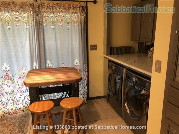 2 BR Townhouse Close to Penn State (Fully Furnished & Utilities Included) Home Rental in State College, Pennsylvania, United States 0