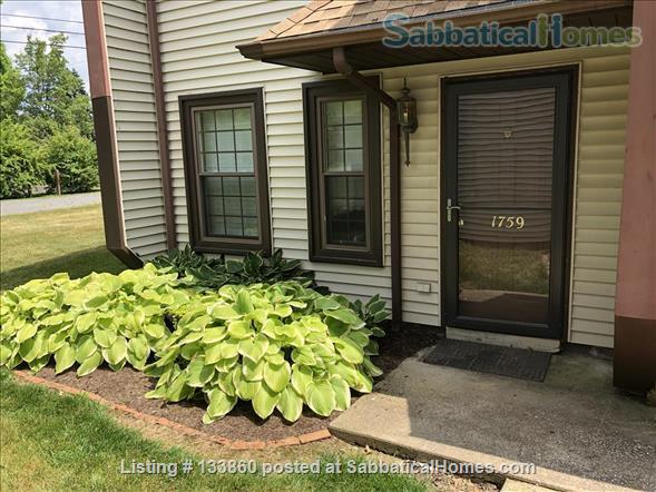 2 BR Townhouse Close to Penn State (Fully Furnished & Utilities Included) Home Rental in State College, Pennsylvania, United States 8