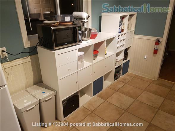 Spacious Waterfront 1 Bedroom House for summer 2021 Home Rental in West Pennant, Nova Scotia, Canada 4