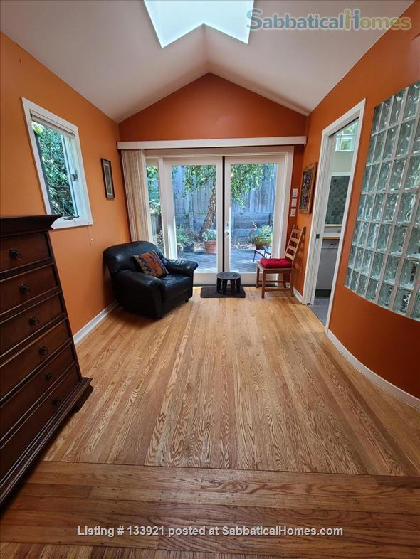 North Berkeley Hills Home Rental in Berkeley, California, United States 8