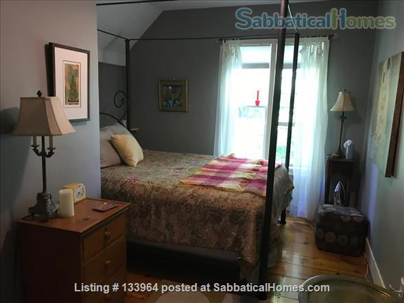 Historic Updated Farmhouse proximal to the Five  College Network Home Rental in Whately, Massachusetts, United States 4