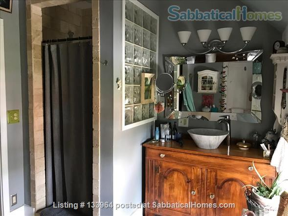Historic Updated Farmhouse proximal to the Five  College Network Home Rental in Whately, Massachusetts, United States 7