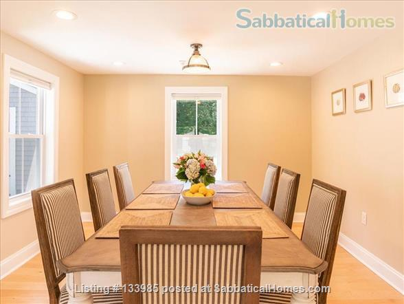 Mystic 3-bedroom retreat Home Rental in Groton, Connecticut, United States 9