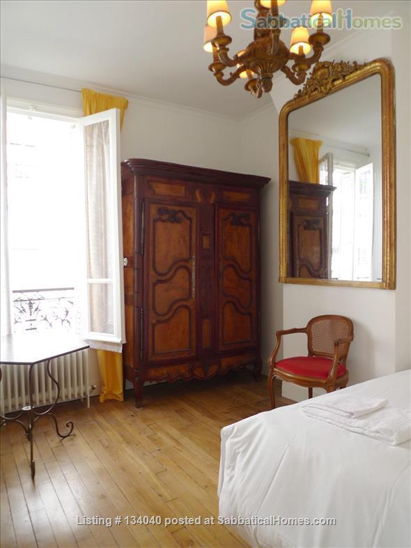 Designed Apartment - View Over Paris- Rare Montmartre Location Home Rental in Paris, Île-de-France, France 4