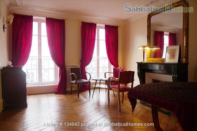 Large 2BR Apt – Elegant Decoration - Fully Refurbished - Calm Home Rental in Paris, Île-de-France, France 1