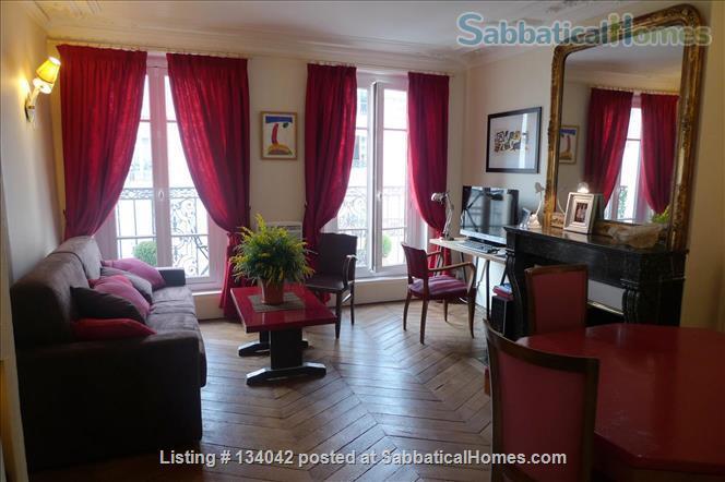 Large 2BR Apt – Elegant Decoration - Fully Refurbished - Calm Home Rental in Paris, Île-de-France, France 0
