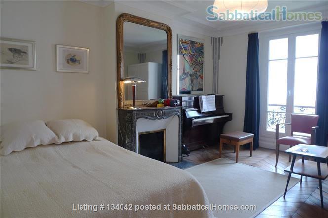 Large 2BR Apt – Elegant Decoration - Fully Refurbished - Calm Home Rental in Paris, Île-de-France, France 3