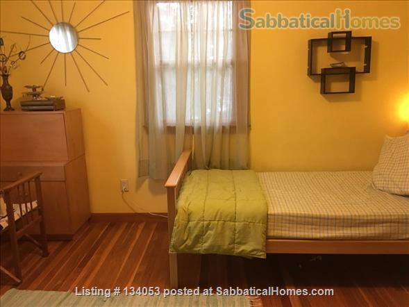 4 bed, 2.5 bath home, on public transportation in Boston suburb, 5 min walk to K-5 school Home Rental in Arlington, Massachusetts, United States 7