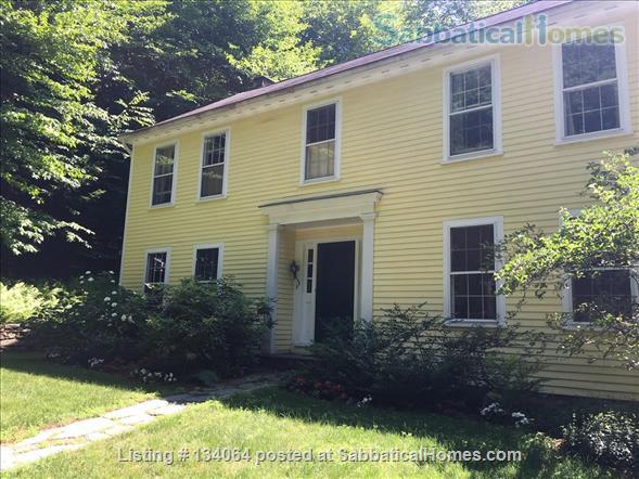 LARGE, HANDSOMELY FURNISHED  HOME IN HANOVER, NH Home Rental in Hanover, New Hampshire, United States 1