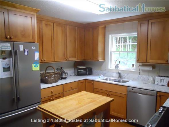 LARGE, HANDSOMELY FURNISHED  HOME IN HANOVER, NH Home Rental in Hanover, New Hampshire, United States 3