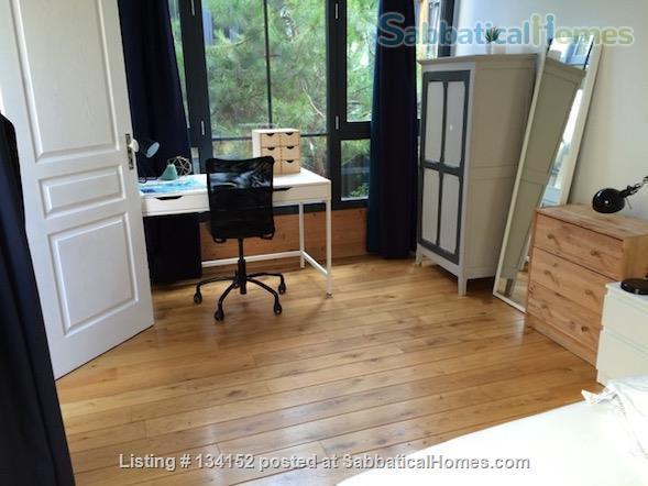 "3 bedrooms duplex with outdoor patios, ""like a house"" spirit Home Rental in Paris, Île-de-France, France 4"