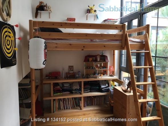 "3 bedrooms duplex with outdoor patios, ""like a house"" spirit Home Rental in Paris, Île-de-France, France 6"