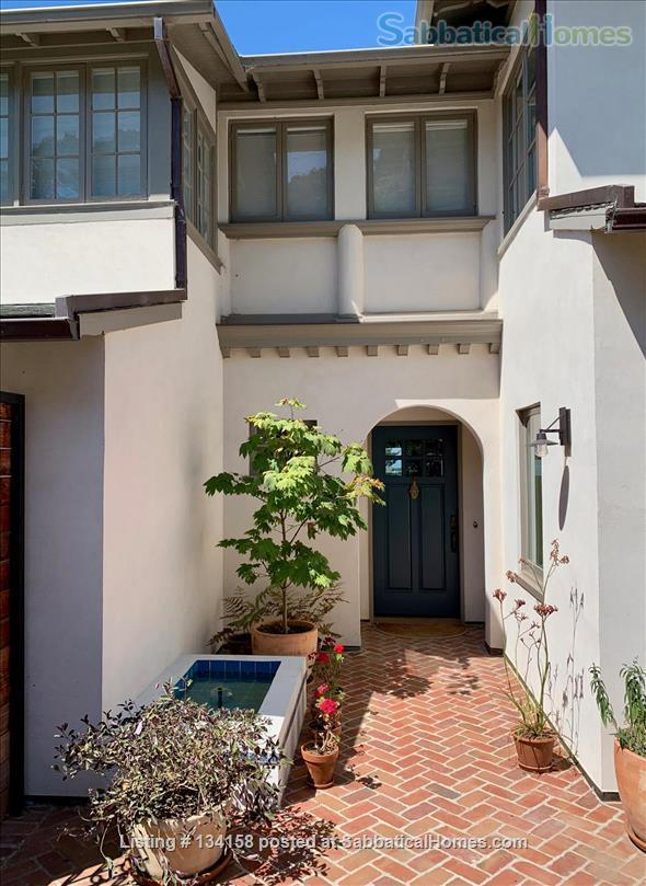 North Berkeley Hills House Near Campus with Panoramic Views Home Rental in Berkeley, California, United States 1