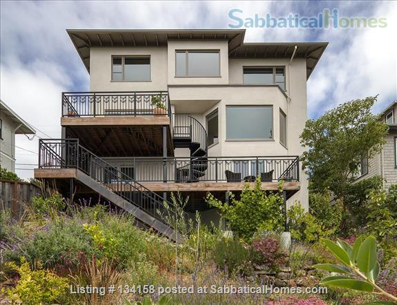 North Berkeley Hills House Near Campus with Panoramic Views Home Rental in Berkeley, California, United States 2