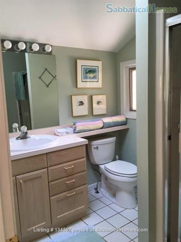 Cayuga Lake Cottage - near Cornell and Ithaca Collage and Downtown Ithac Home Rental in Ithaca, New York, United States 7