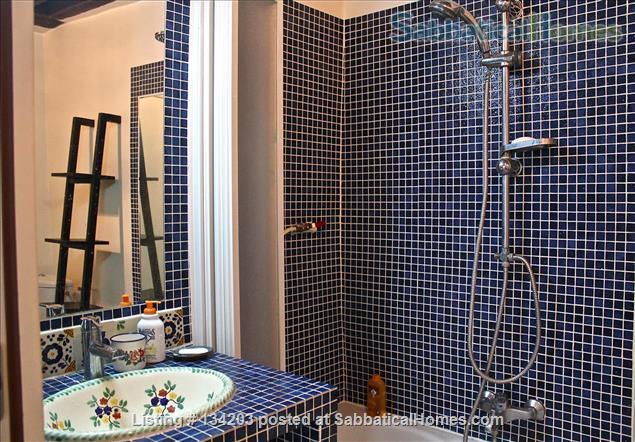 Quiet Studio Apartment in the Heart of Paris Home Rental in Paris, Île-de-France, France 0