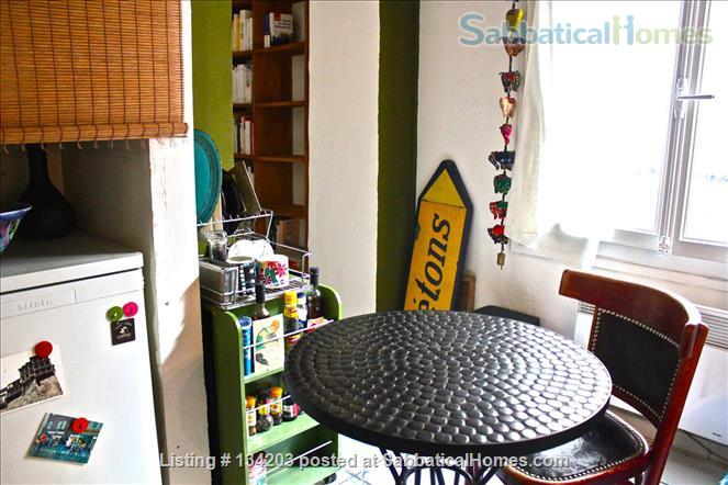 Quiet Studio Apartment in the Heart of Paris Home Exchange in Paris 3