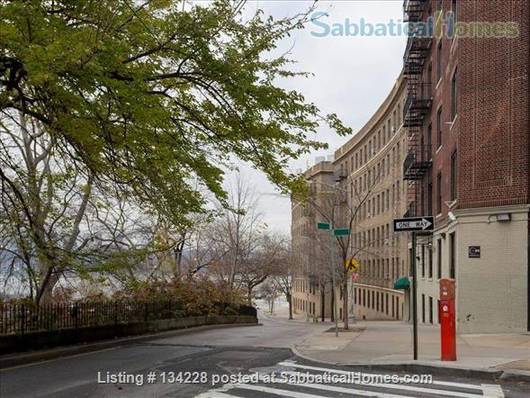 Beautiful, Fully-Renovated & Furnished Hamilton Heights 1-Bedroom Apartment on Riverside Drive Home Rental in New York, New York, United States 7