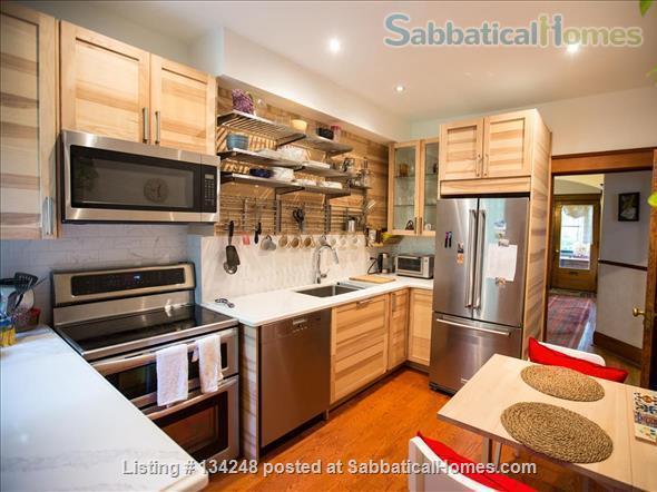 Gracious Edwardian House in High Park, Toronto Home Rental in Toronto, Ontario, Canada 7