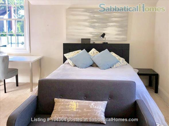 Bright, Fully Furnished Modern Coach House Apartment Available -- 2 blocks from Northwestern University Campus Home Rental in Evanston, Illinois, United States 1