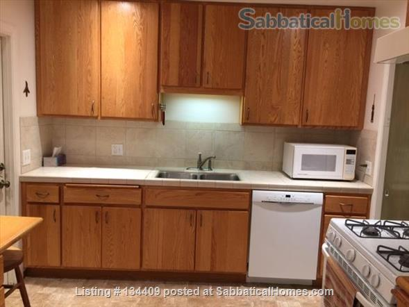 North Pacific Beach House 3 bd 1.5 ba Large yard, Quiet family neighborhood Home Rental in San Diego, California, United States 5