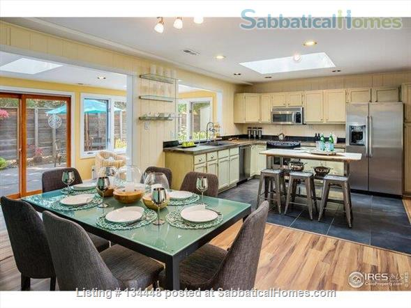 lovely 3-bedroom family home on huge lot at foothills for academic year Home Rental in Boulder, Colorado, United States 2