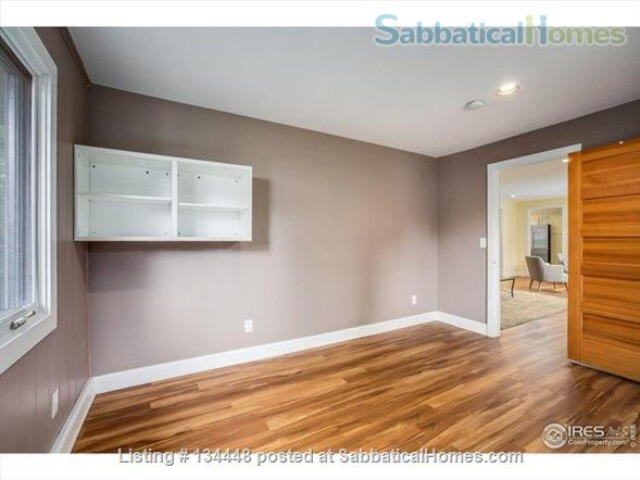 lovely 3-bedroom family home on huge lot at foothills for academic year Home Rental in Boulder, Colorado, United States 7