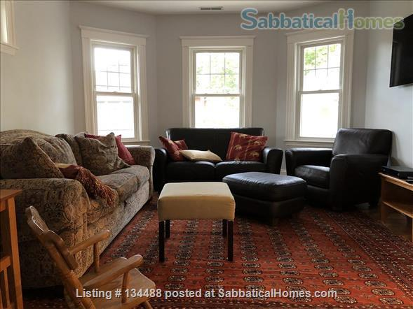 New fully renovated, 3 Bed, 2 Bath, AC, Washer/Dryer in unit, Patio in Unit Home Rental in Brookline, Massachusetts, United States 3