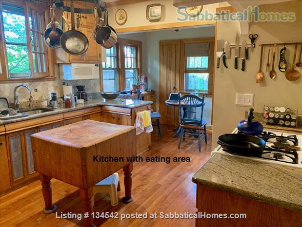 Historic Milwaukee Home Home Rental in Milwaukee, Wisconsin, United States 0
