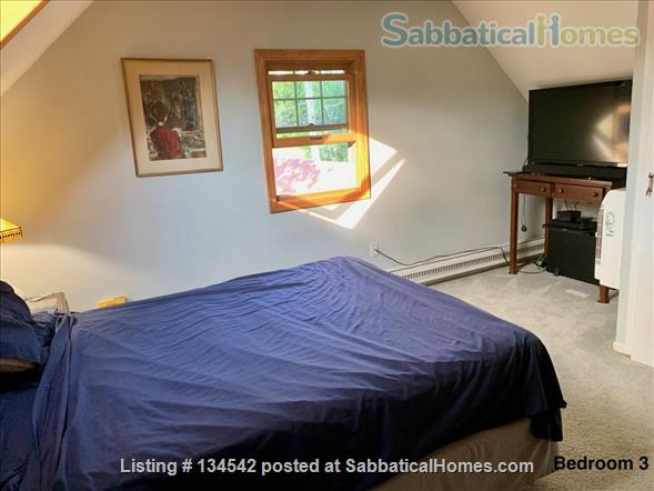 Historic Milwaukee Home Home Rental in Milwaukee, Wisconsin, United States 6